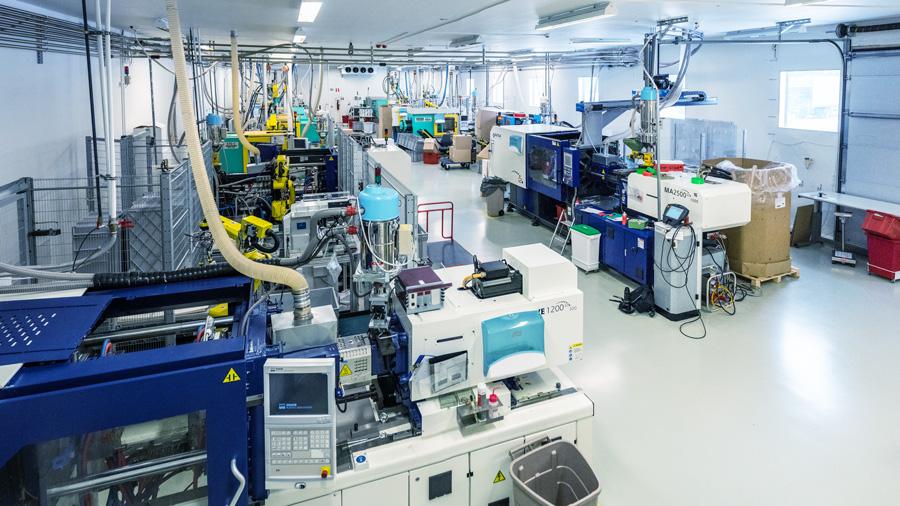 IDM & IML - Muovisola Oy - Plastic products manufacturing